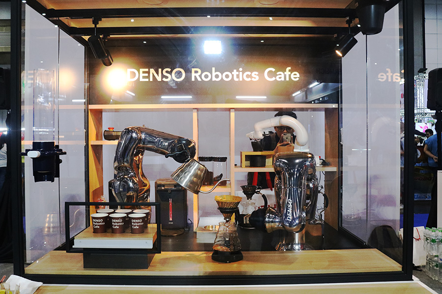 Denso-Robot-Arm