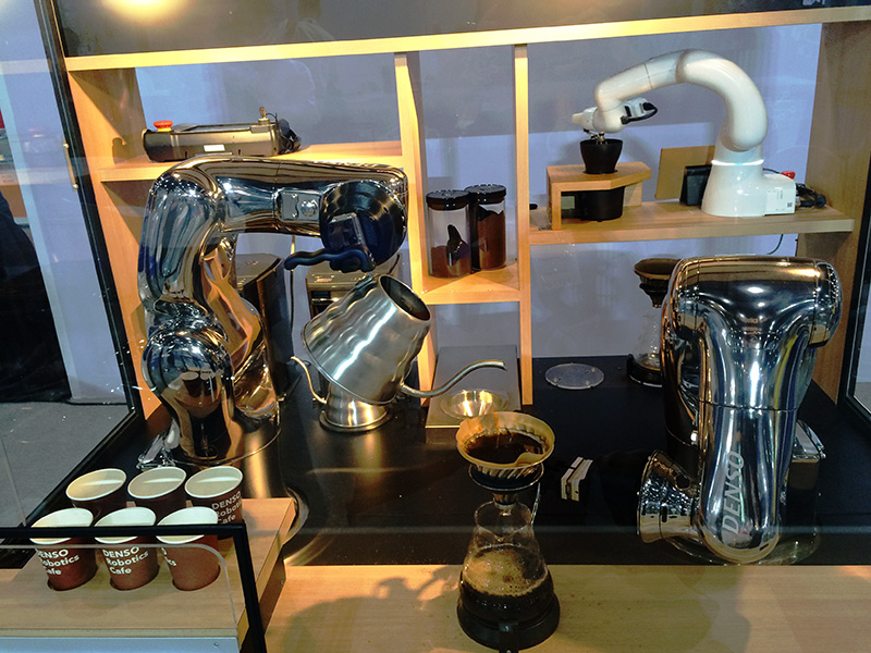 Robot Arm_Denso cafe
