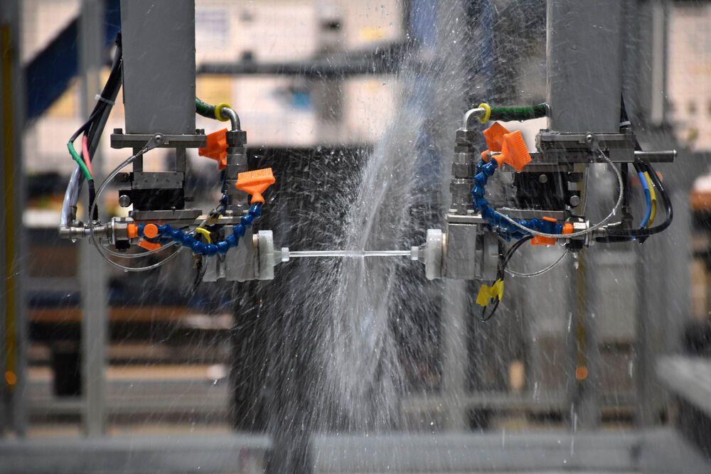 ระบบการตรวจสอบแบบไม่ทำลายที่มีหุ่นยนต์ช่วย: การลดเวลาตรวจสอบและความยืดหยุ่นที่เพิ่มมากขึ้น